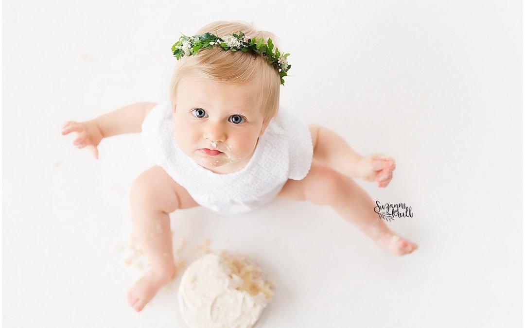Chicagoland Baby Photographer | Cake Smash Fun