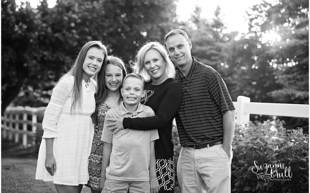 Family Photographer in Sycamore | L Family