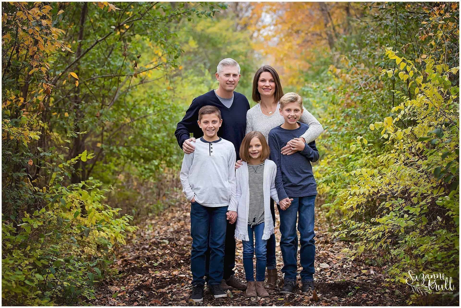 family of five, family photographer in sycamore IL, photographer in sycamore IL