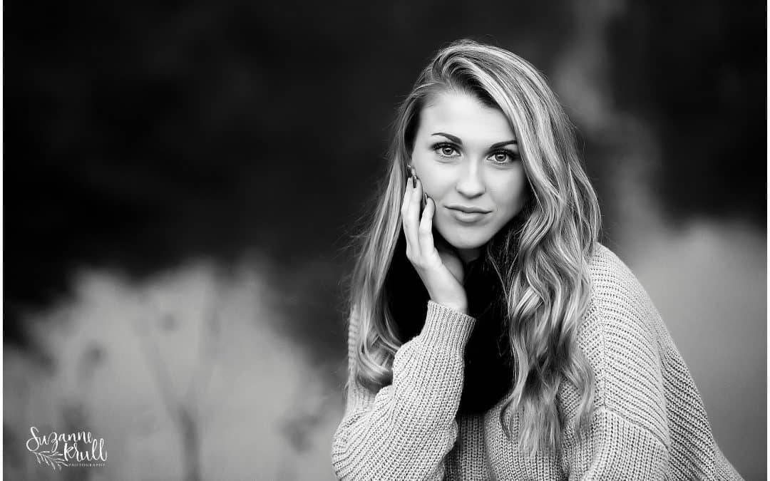 Senior Photographer in Sycamore | Meet Taylor